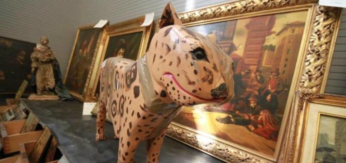 Napoli-mostra-oggetti-criminali