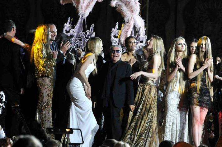 Roberto-Cavalli-Fashion-Show-at-the-Life-Ball-20131